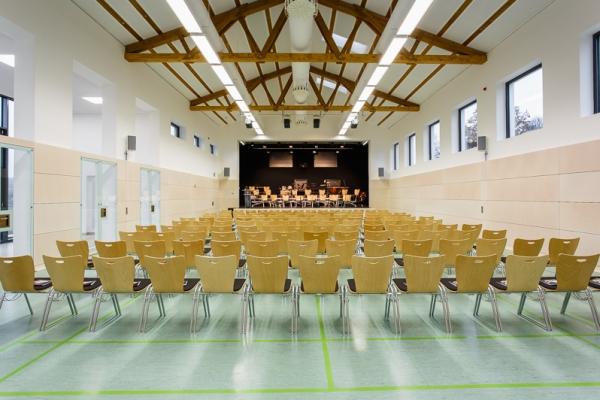 gemeindehalle-046957F097-BBE7-3597-C668-C059F5169287.jpg